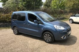 2012 PEUGEOT PARTNER HDI WHEELCHAIR ACCESSIBLE VEHICLE WITH ONLY 13000 MILES
