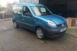 2008 RENAULT KANGOO WHEELCHAIR ACCESSIBLE VEHICLE 1.5 DIESEL WITH WINCH