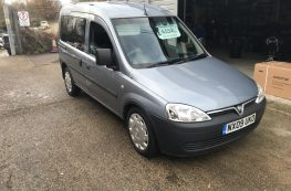 2009 VAUXHALL COMBO WHEELCHAIR ACCESS VEHICLE 1.2 D AUTO ONLY 14500 MILES